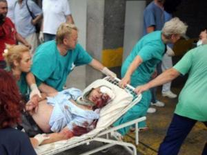 accident-in-muntenegru-toate-victimele-au-ajuns-in-romania-premierul-ponta-a-asistat-la-slujba-religioasa-care-a-avut-loc-pe-aeroport-214369[2]