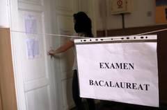-b-Bacalaureat-2013--b----Primele-perle--Corola-de-minuni-a-lui-Vasile-Blaga--strivita-de-elevi[1]