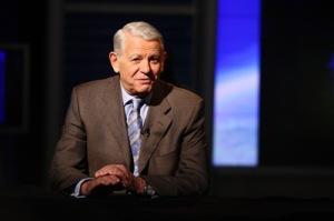 """Şeful SIE, Teodor Meleşcanu, a declarat, marţi, la finalul audierii în Comisia parlamentară de control că în subiectul privind Roşia Montană au fost implicate atât guverne străine, cât şi """"entităţi"""", """"mijloace de presă"""" sau cetăţeni străini care au făcut lobby pentru sau împotriva proiectului."""