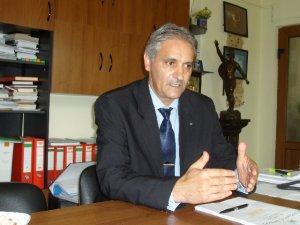 Inspectorul general școlar Nicolae Angelescu protectorul directorului